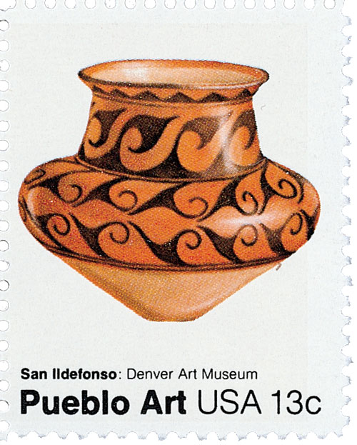 1977 13c Pueblo Pottery: San Ildefonso