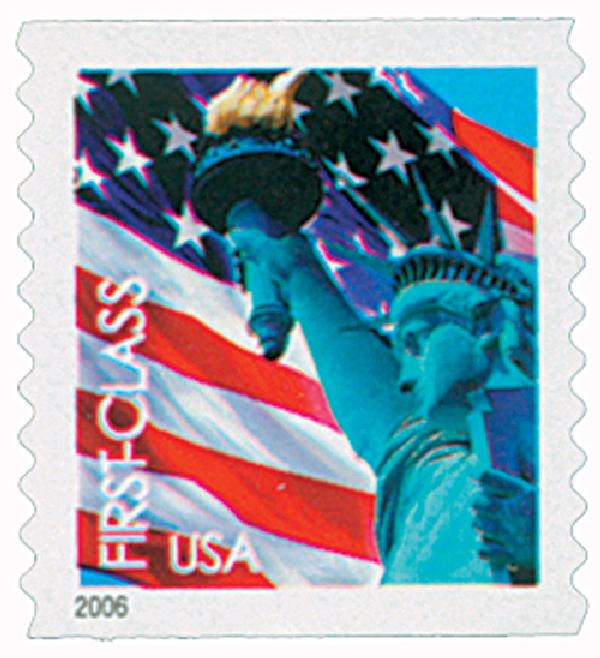 2005 39c Statue of Liberty and Flag, 10 1/4 vertical perf