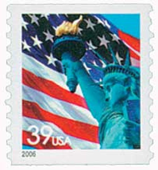 2006 39c Statue of Liberty and Flag, 10 vertical perf