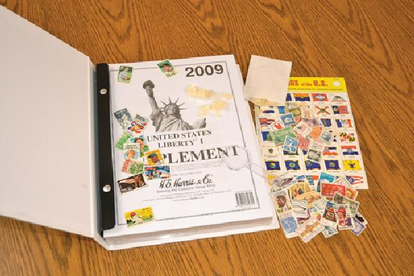 Harris Independant, US Stamp Collecting Kit